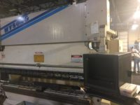1996 WYSONG PHP 175-120 175 TON  Down-acting PRESS BRAKE