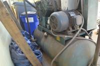 25 HP Quincy Model 5120 Reciprocating Air Compressor